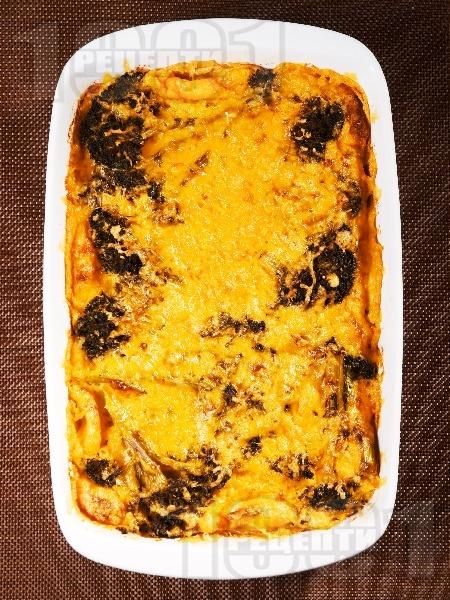 Запеканка с броколи и сиренe чедър на фурна - снимка на рецептата